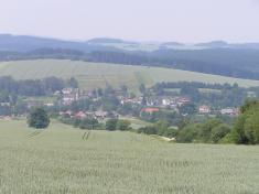 Několik pohledů na obec